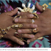 Cholitas paceñas: Bolivia's indigenous women flaunt their ethnic pride
